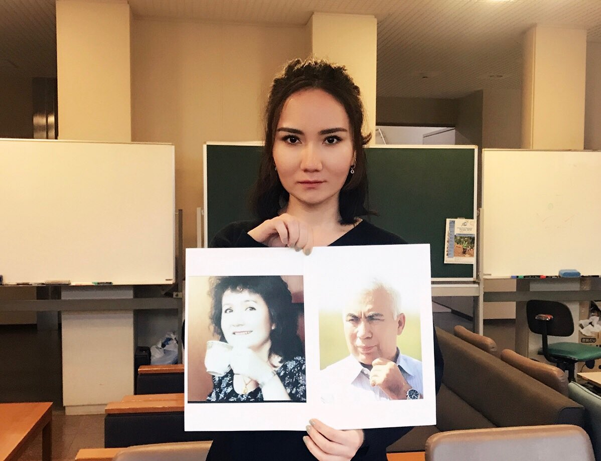 Daughter of Professor Abduqadir Jalalidin asks the Chinese government to release her father and mother.